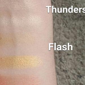 Kat Von D Makeup - Kat Von D Thunderstruck Eyeshadow Single
